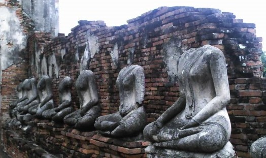 21_reasons_to_get_out_of_your_head_headless_buddhas